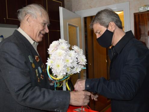 У Ковелі представники влади відвідали ветеранів Другої світової війни