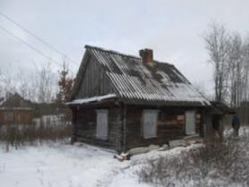 Хатинка, у якій мешкає самотня бабуся