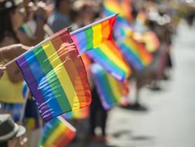 Традиційний стяг ЛГБТ-спільноти. Фото ілюстративне