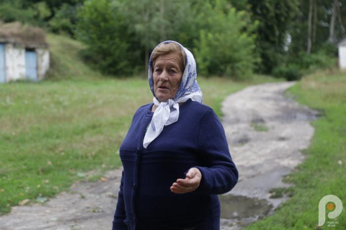 Місцева краєзнавиця та завідувачка музею села Сокіл Лідія Редчук розповіла історію цих місць.