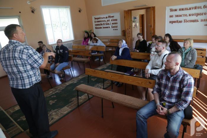 Історію наймолодшого храму розповів пастор Сергій Борух