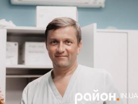 Лікар-хірург Олександр Христюк