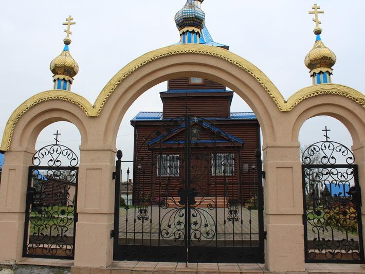 На Ковельщині «московський» батюшка збирав по людях підписи «за нашу церкву»