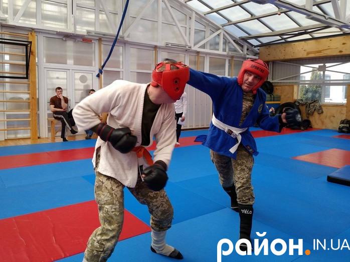 У Луцьку прикордонники виборювали право поїхати на чемпіонат України з рукопашного бою