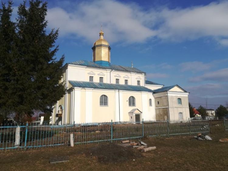 У Жидичині відбувається ревізія церкви: прихильники УПЦ МП погрожують «повирізати печінки»