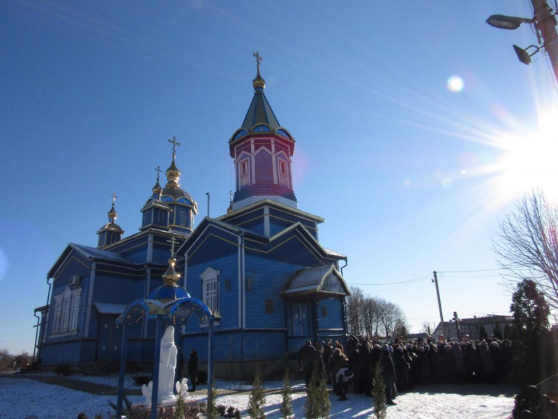 Нафанаїлу не вдалося втримати настоятеля раківліської парафії у московському патріархаті