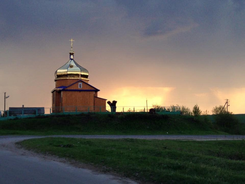 Церква у селі Шклинь