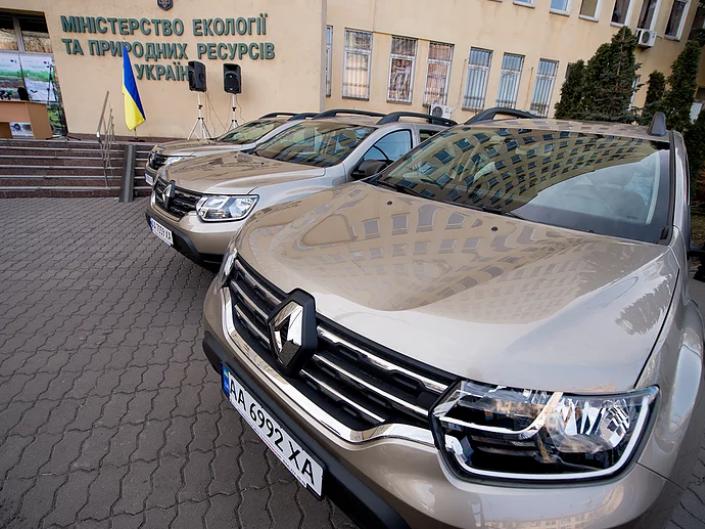 Дермансько-Острозький парк отримав новий автомобіль