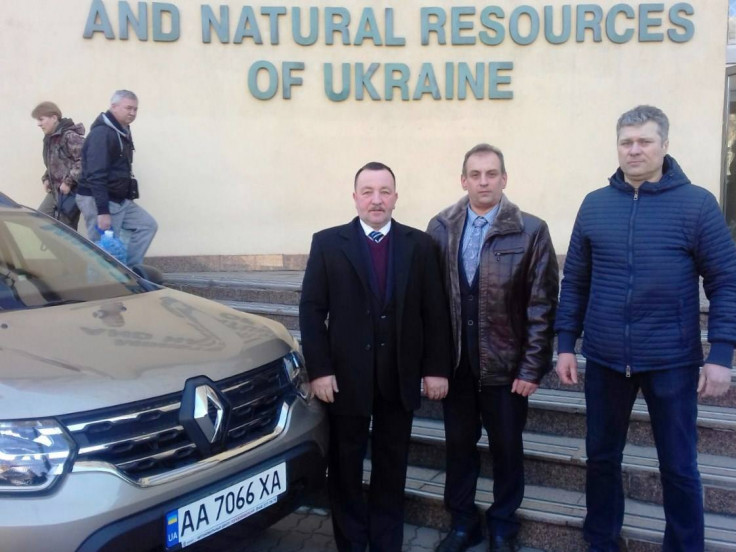 Міністр екології та природних ресурсів подарував «Цуманській пущі» позашляховик