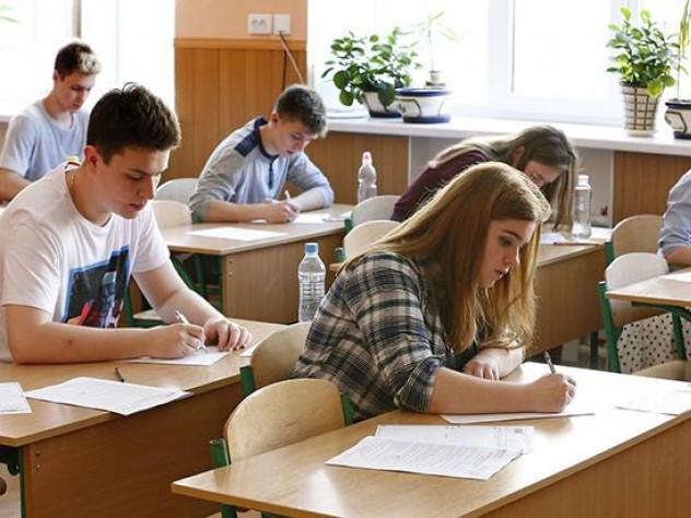 Ковельських школярів завершили реєструвати на ЗНО-2019