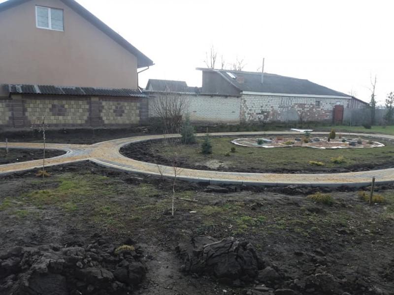 На Ківерцівщині облаштовують сквер на території монастирського скита. ФОТО