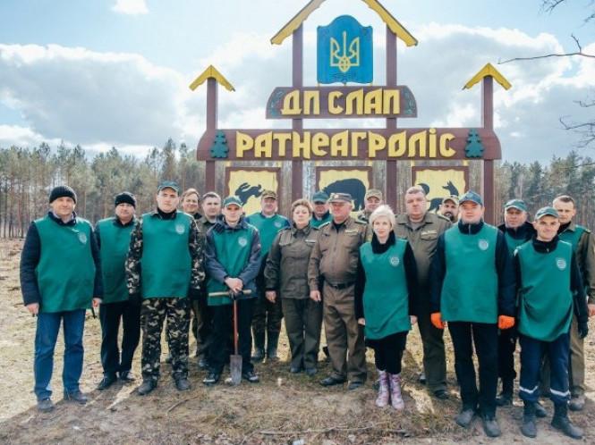 На Ратнівщині відновлювали ліс
