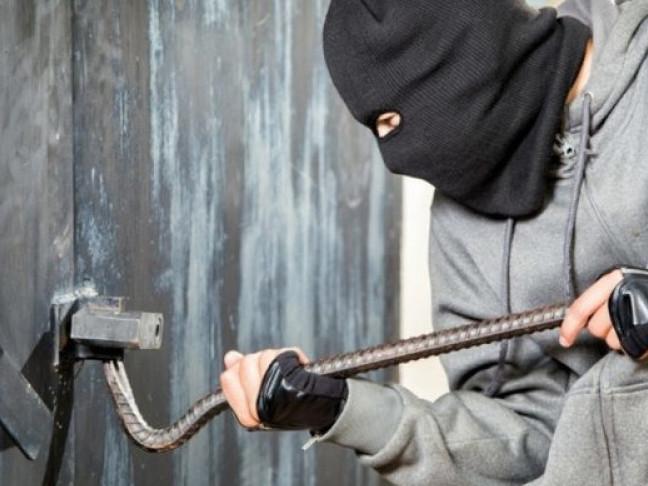 У селі на Волині затримали крадія металу