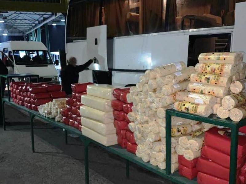 На волинському кордоні через 800 кілограмів «контрабандного» сиру забрали автобус