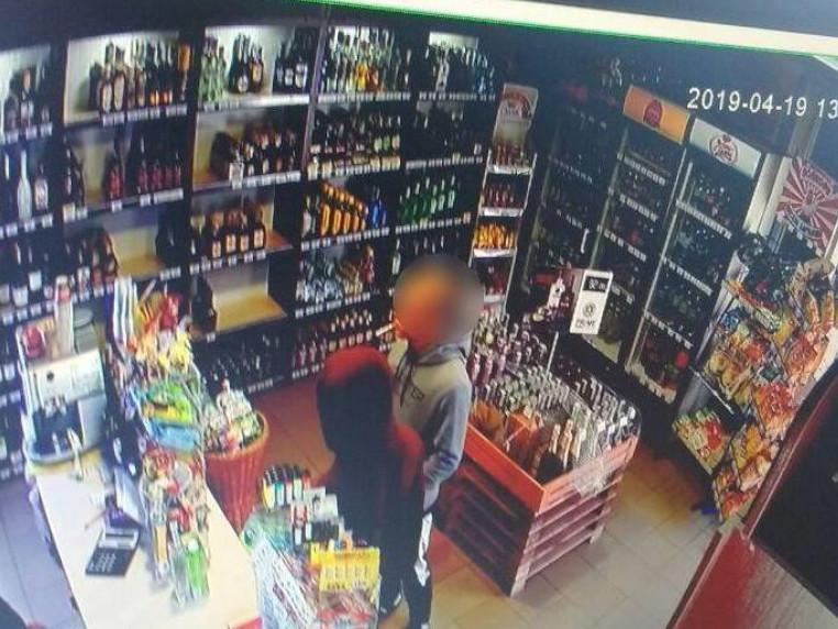У Луцьку поліцейські оперативно затримали крадіїв