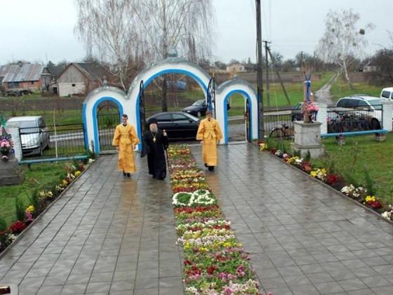 На Маневиччині священник пограбував церкву