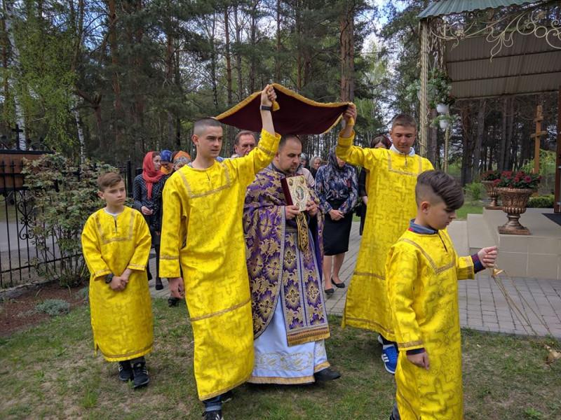 Воля-Ковельська: як у місцевому храмі провели Страсну п'ятницю