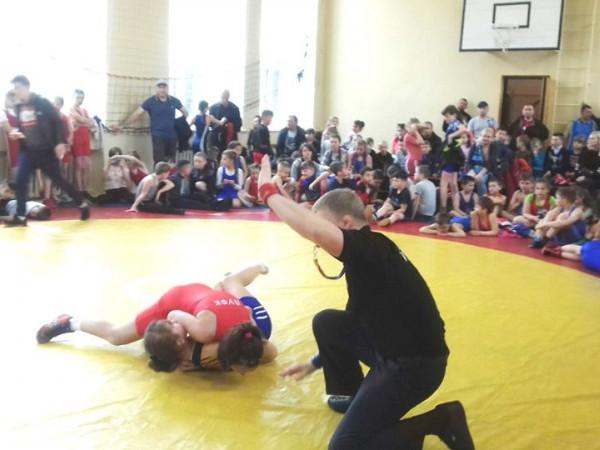 На Волині відбувся турнір з вільної боротьби пам'яті тренера Павла Безеки
