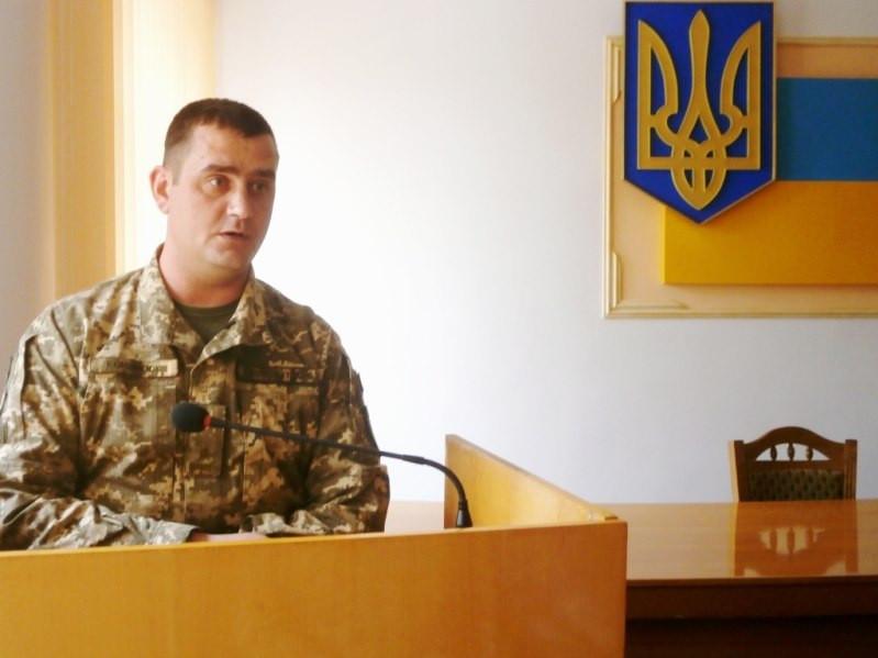 В селищі на Волині представили нового військового комісара
