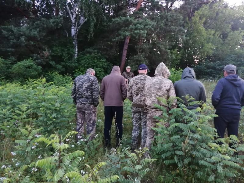 На Любомльщині упіймали неповнолітнього «цигаркового» контрабандиста