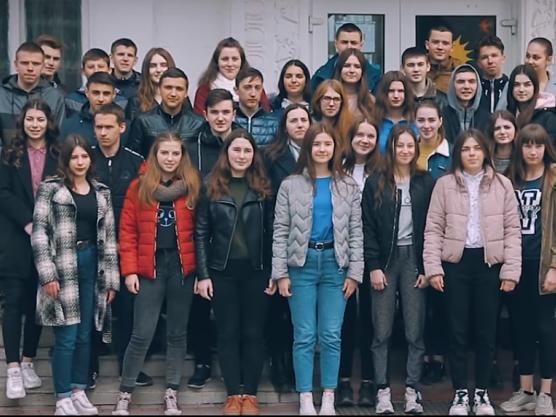 Випускники 2019 року ратнівської школи №2