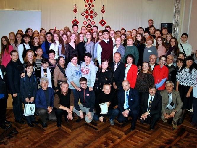 Учасники Всеукраїнського турніру юних біологів