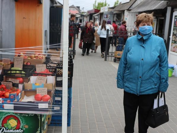 У Любешеві на ринку