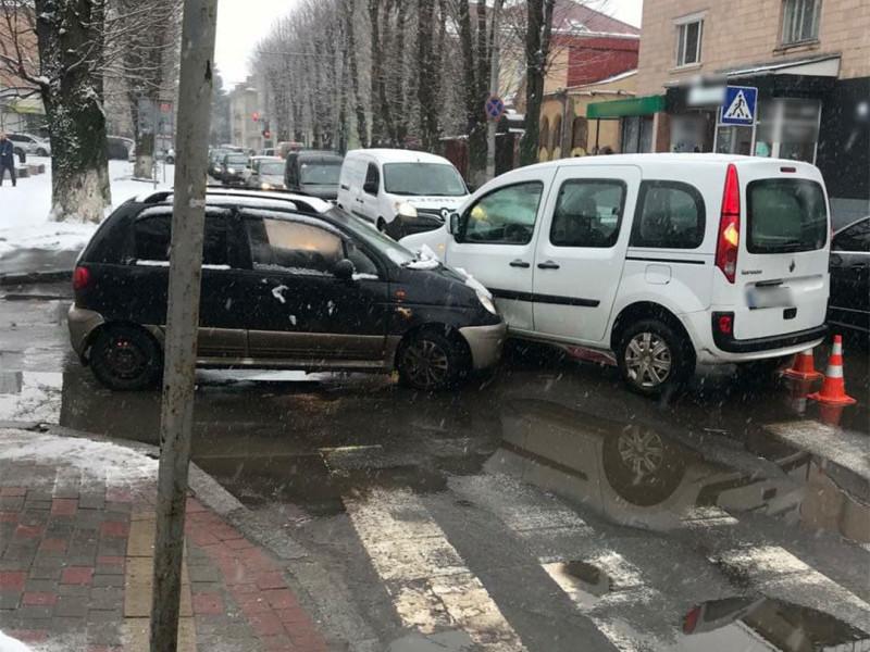 На вулиці Шопена у Луцьку сталася ДТП