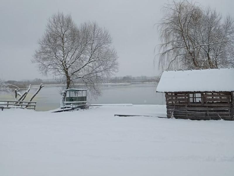 Зима у Сваловичах