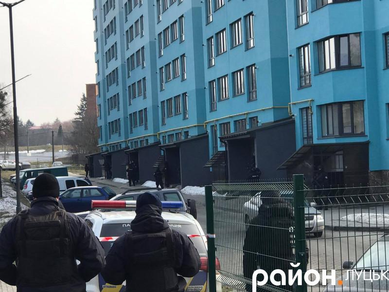 У Луцьку відбуваються навчальні тренування поліції