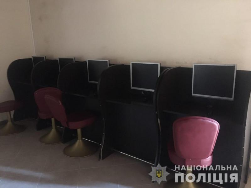 У Луцьку закрили підпільний гральний заклад