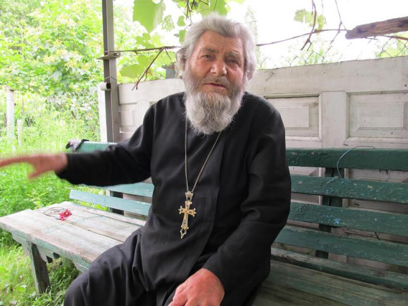 Священик Миколай Нечипорук