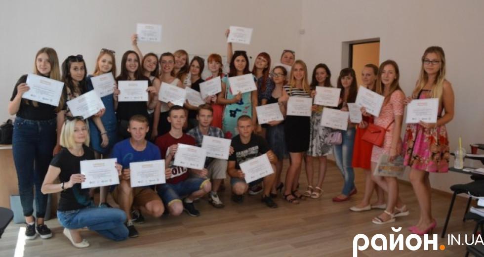Випускники ІІІ Літньої школи практичної журналістики у Луцьку