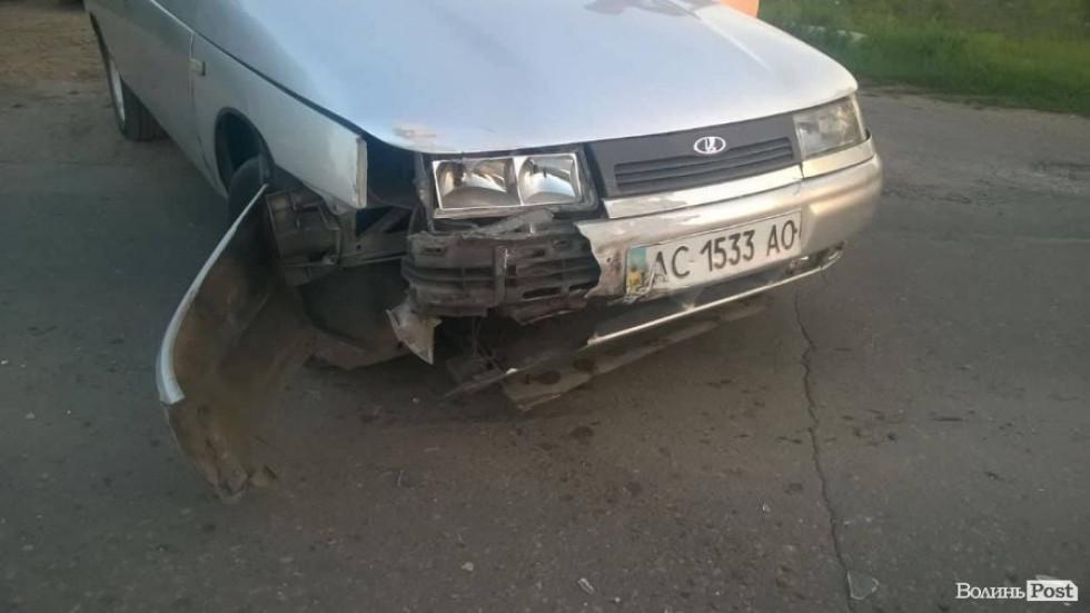 Авто зазнали ушкоджень