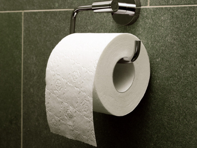 Крадуть папір, мило та лампочки в туалетах