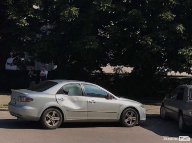 Пошкоджене у ДТП авто