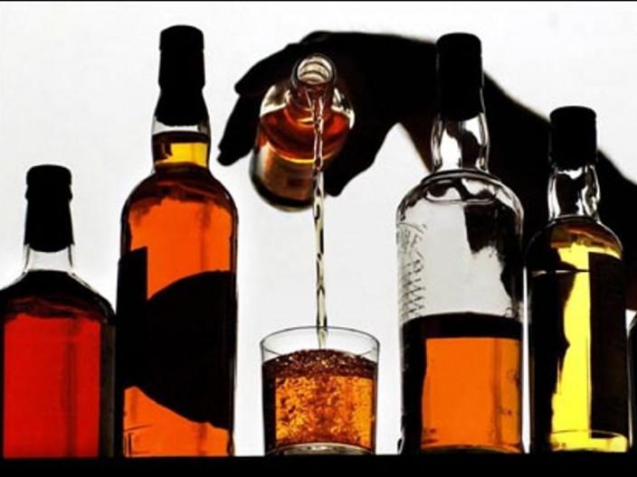 У Луцьку виготовляли підпільний алкоголь
