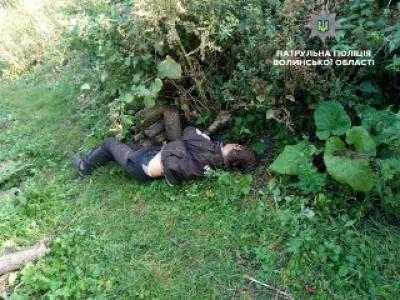 Чоловіка вдарили пілоном по голові та лишили вмирати