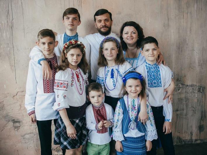 Багатодітна сім'я Марчуків