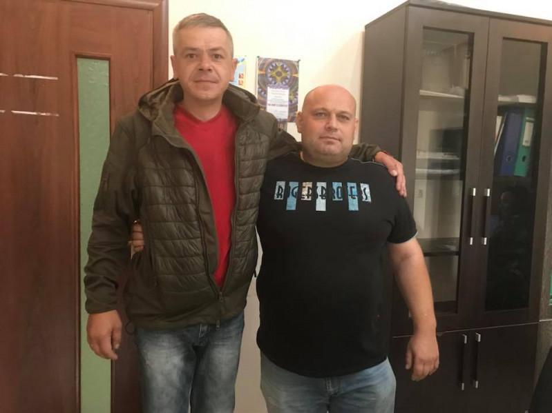 Євгеній Селін (зліва)