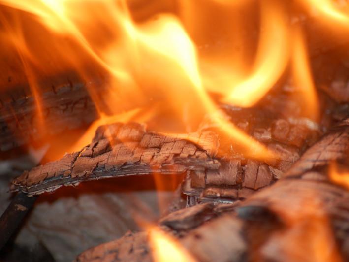 У селі на Любомльщині згорів гараж