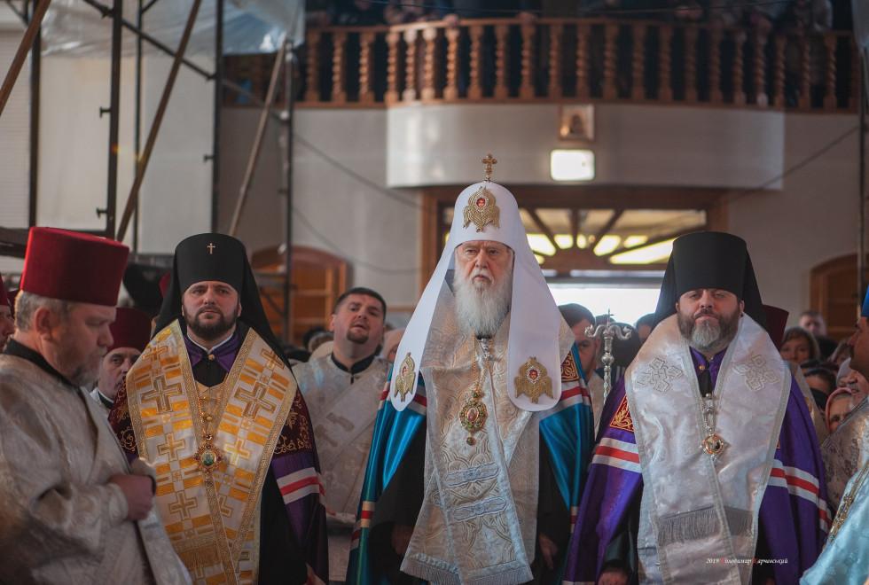 Архієпископ Рівненський і Острозький Іларіон та патріарх Філарет