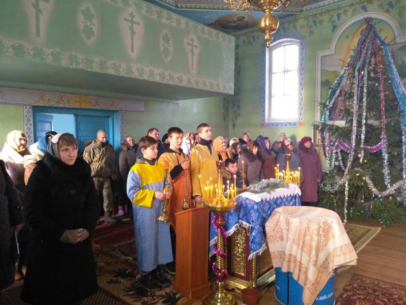 Радошин: у церкві, яка приєдналася Православної Церкви України, відбулося перше богослужіння