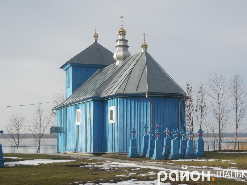 Свято-Варварівський храм села Острів'я