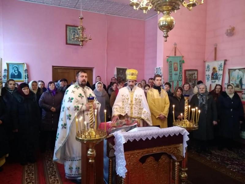 Битень: у місцевому храмі вперше відбулося богослужіння українською мовою