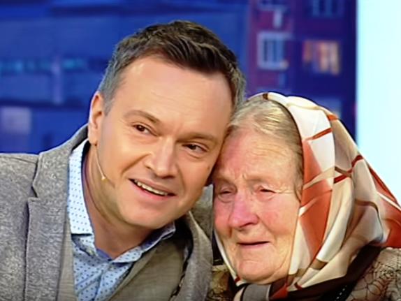 Антоніна Білокурова з ведучим програми