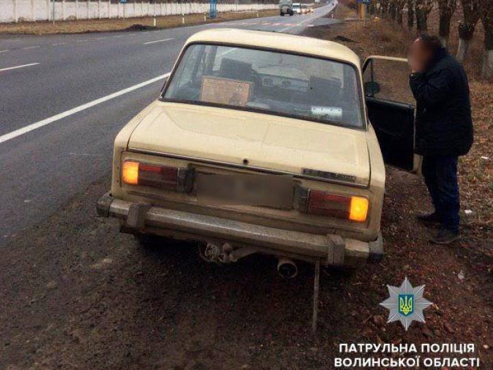 На Волині водій «під мухою» намагався дати хабара патрульним