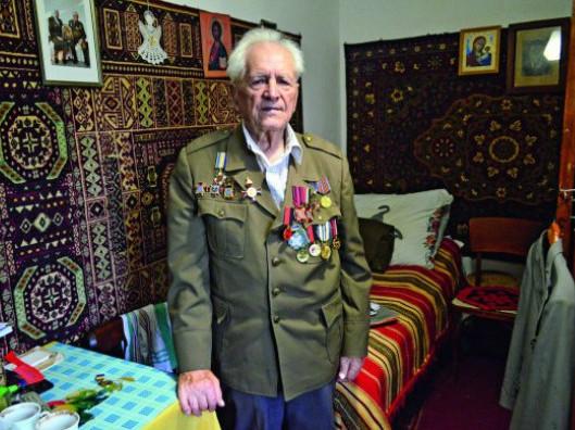 Петро Мартинюк, 96 років, стрілець Української повстанської армії.