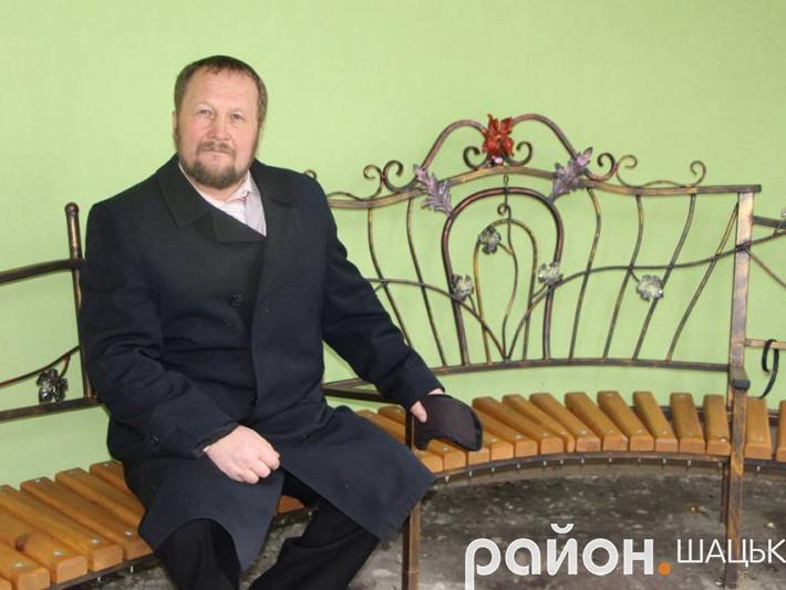 Автор ексклюзивних виробів Сергій Нехін