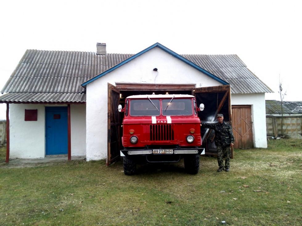 Пожежний автомобіль в Любешеві